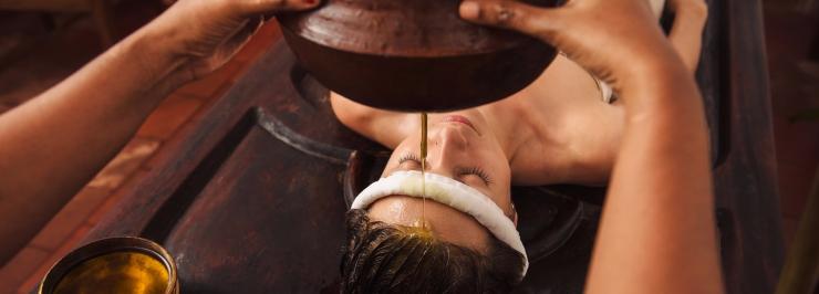 shirodhara-massage2.jpg